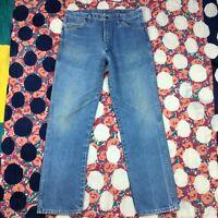 Vintage Wrangler Mens Size 36x32 Medium Light Blue Wash Distressed Straight USA