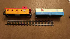 Ho scale 2 car Union Pacific 207 caboose Maine Potatoes Bar 6532 Box Car