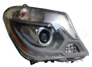 Freightliner Mercedes Sprinter 2500 3500 - Head Lamp RH 14-18