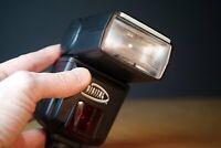 Digital concepts 952AF/SONα Blitzgerät für Minolta, mit FS-1100 Adapter
