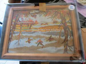 Gobelin Stickbild 30 x 40 cm mit echtem Holzrahmen komplett