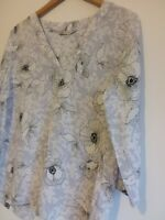M&S Size UK 14 Blue White Floral Peony Floral Light Top Blouse