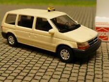 1/87 Busch Chrysler Voyager TAXI 44612