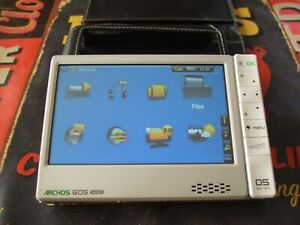 Archos 605 wifi 30GB + Battery Dock and Case