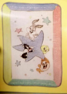 Classic Looney Tunes  Baby Blanket Crib Size Throw Comforter Baby Gift NEW