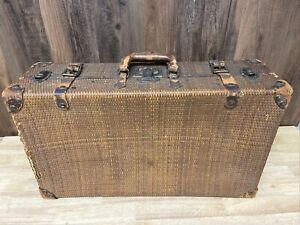 """Vintage Wicker & Leather Travel Suitcase With Metal Clasps 23"""" X 13"""" X 7"""""""