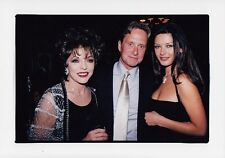 JOAN COLLINS  - MICHAEL DOUGLAS - CATHERINE ZETA JONES - OK! Party 1999 F#1