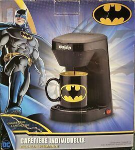 DC Batman Single Serve Coffee Maker w 12 oz Coffee Mug & Filter dorm office NEW