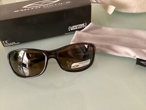 Smith undertow polarised sunglasses black with brown lens fishing