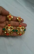 Gorgeous  vtg. Statement faux coral turquoise pearl gold tone clip  earrings