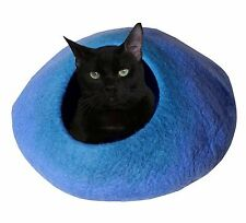 CAT CAVE 100% pure wool, non-allergic, non-toxic and AZO free. For HAPPY CAT'S!!