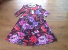 Women's Papaya Weekend Floral Dress In Black, Purple, Pinks And White Size 8