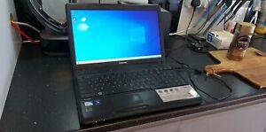 Toshiba Satellite C660-116 - Celeron 900 - 6GB Ram - 250GB HD - Intel GMA - 424