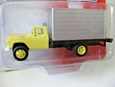 Classic Metal Works #30478 60 Ford Box Truck Yellow CabHO- Scale