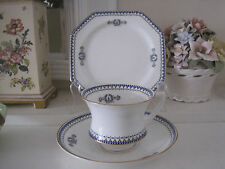 VINTAGE PARAGON 1923 ELEGANT FINE BONE CHINA TRIO  ~  LOVELY UNUSUAL SHAPED CUP