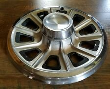 One genuine 1966 Pontiac Tempest 14 inch hubcap wheel cover