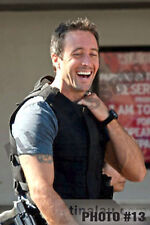 HAWAII 5-0'S ALEX O'LOUGHLIN REAL HIGH RES 8X12 GLOSSY