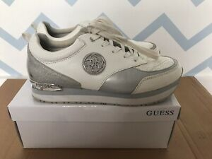 Guess Shoes Size 9