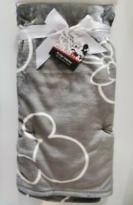 "Disney MICKEY & MINNIE MOUSE  Soft Plush Throw 50""x70"" (Gray) - New!"
