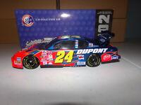 1/24 JEFF GORDON #24 DUPONT BW/BANK 2002 ACTION NASCAR DIECAST
