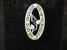 VINTAGE 14k W/G FILIGREE PIN WITH SAPPHIRE