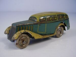 Antikes kleines Blech Auto mit Aufzug um 1920