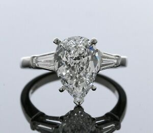 Platinum Mounting with Diamond Baguettes For 2ct + or - Pear Shape (Size - 5.00)