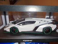 KYOSHO 09501WG Lamborghini Veneno weiß metallic - 1:18 #NEU in OVP
