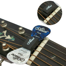 Rubber - with 2 FREE Picks HeadStock 0.81mm Guitar Pick Holder