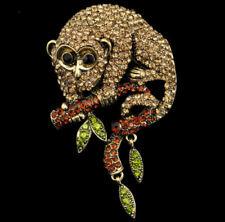 Große Brosche Affe auf Ast Maki, Lemure, topasfarbene Kristalle antikgoldfarben