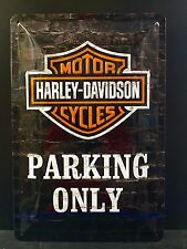 Harley-Davidson Cycles Parking Only Garage - Embossed  Sign Wall Decor 30x20 Cm