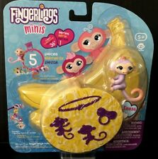 """Fingerlings  Mini's """" REESE"""" + Bracelet & Charm  Series 1 (+ 2 more figures)"""