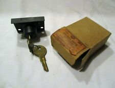 New Old Stock Independent Lock Co Drawer Lock Disc Tumbler 2 keys #4054 USA made