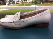 WOMEN'S HUSH PUPPIES SLIP ON SHOES, OFF WHITE, LEATHER, SIZE 8M