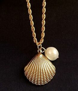 """Gold Pearl Scallop Shell Necklace White Sea Life Plated Pendant Island Beach 18"""""""