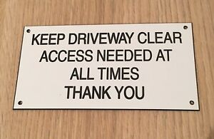 """Engraved Keep Driveway Clear Sign 6"""" x 3"""" White/Black"""