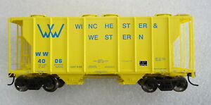 Athearn Winchester & Western PS 2600 Covered Hopper #4006. - HO