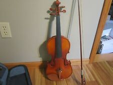 Unbranded Violin w/case and Bow