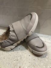 Clarkes Trigenic Womens Pumps Shoes Size 7D