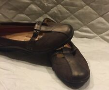 Womens Clark's In Structured Shoes Size 7M Brown Leather
