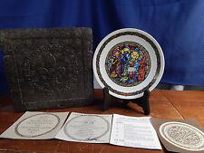 "D'Arceau-Limoges Decorative Plate Noel Vitrail ""La Purification"" 8.5"" w/ COA"