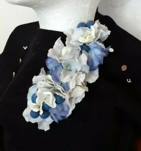 Beautiful Handmade Corsage Brooch 1940s Wartime Pin Up Vintage style Blue