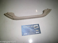 LAND ROVER DISCOVERY TD5 INNER, FRONT ROOF HANDLE CREAM, NO COAT HOOK   (13)