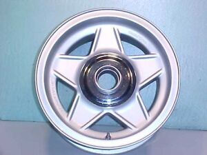 Ferrari 365 Wheel Rim_Hub_Daytona CHROMODORA GTC4 365BB_Trim Ring_1972_OEM