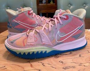 "BRAND NEW NIKE SZ 10 US Kyrie 7 ""1 World 1 People"" Basketball Shoes CQ9326-600"