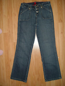 Twenty X Junior's Buttonfly Denim  Blue Jeans Below Waist Boot Cut 7/8 x 31