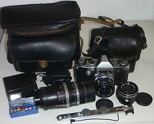 Konvolut: Kamera Praktica Nova B+3 Objektiv+Blitz+Tasche+bel.Messer