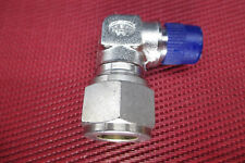 """Hoke® 1/2"""" Tube OD x 1/4"""" NPT Male Pipe 90° ELBOW CONNECTOR 316 Stainless Steel"""