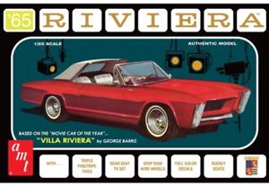 AMT1121 1965 Buick Riviera (George Barris) Plastic Model Kit