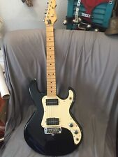 Vintage Peavey Mississippi Mustang T-15 Guitar with the built in amp Case